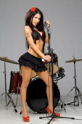 MonicaMattos rockstar