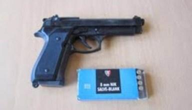 pistoli copy