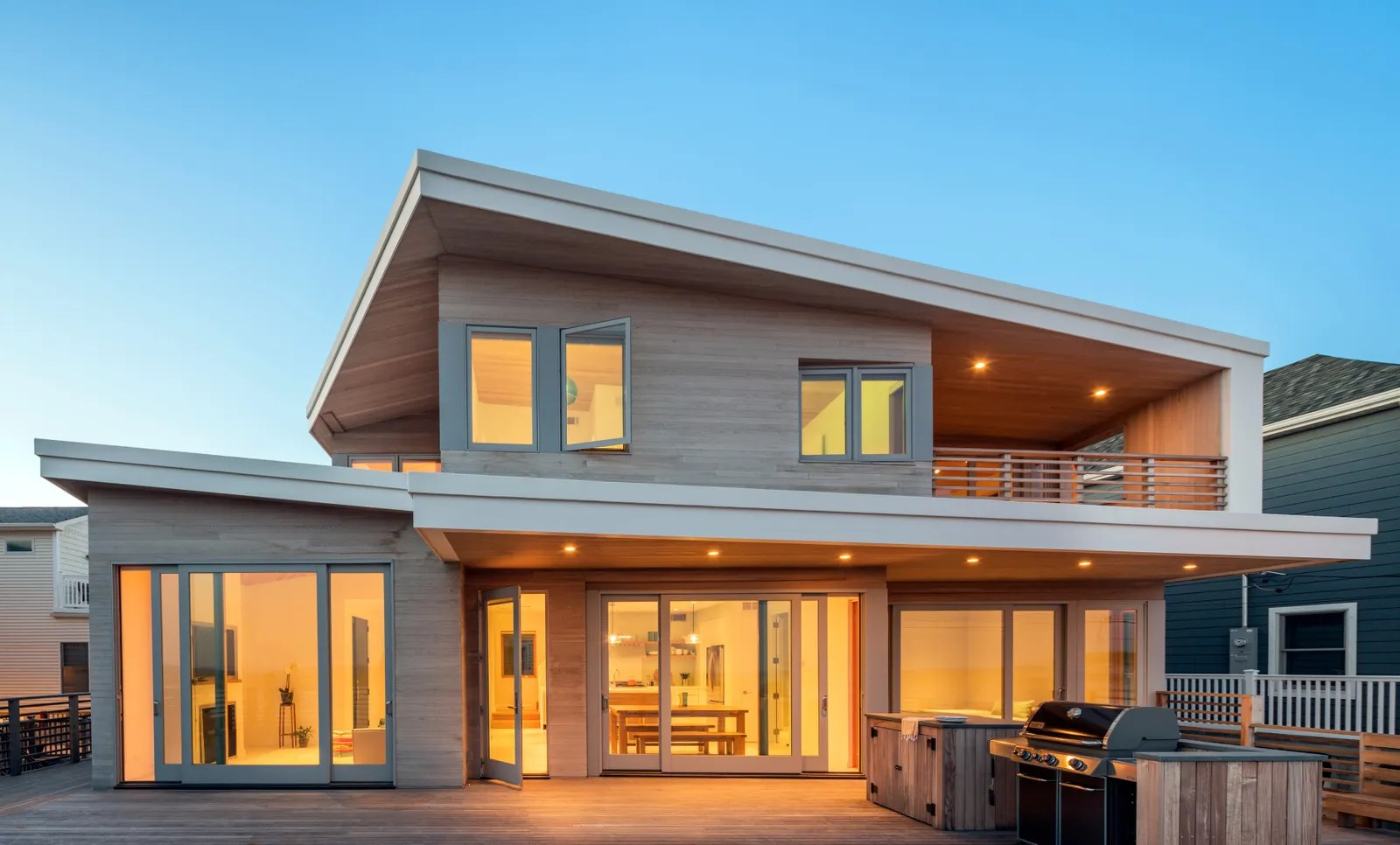 A Modern Beach House In Breezy Point 5 Years After Sandy