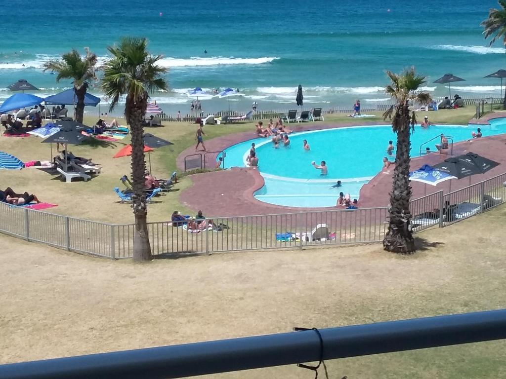 Cash Pool Jena Apartment Beach Club Unit 207 Mossel Bay South Africa