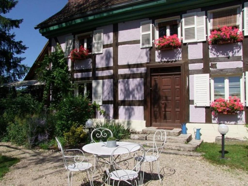 Chambre D Hote Alsace Bed And Breakfast Aux Portes De L Alsace Suarce France