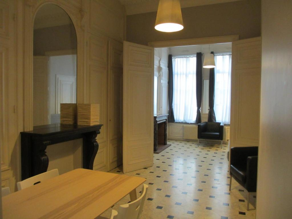Cheminees Philippe Arras Apartment Le Valentina Suite Grand Place Lille France