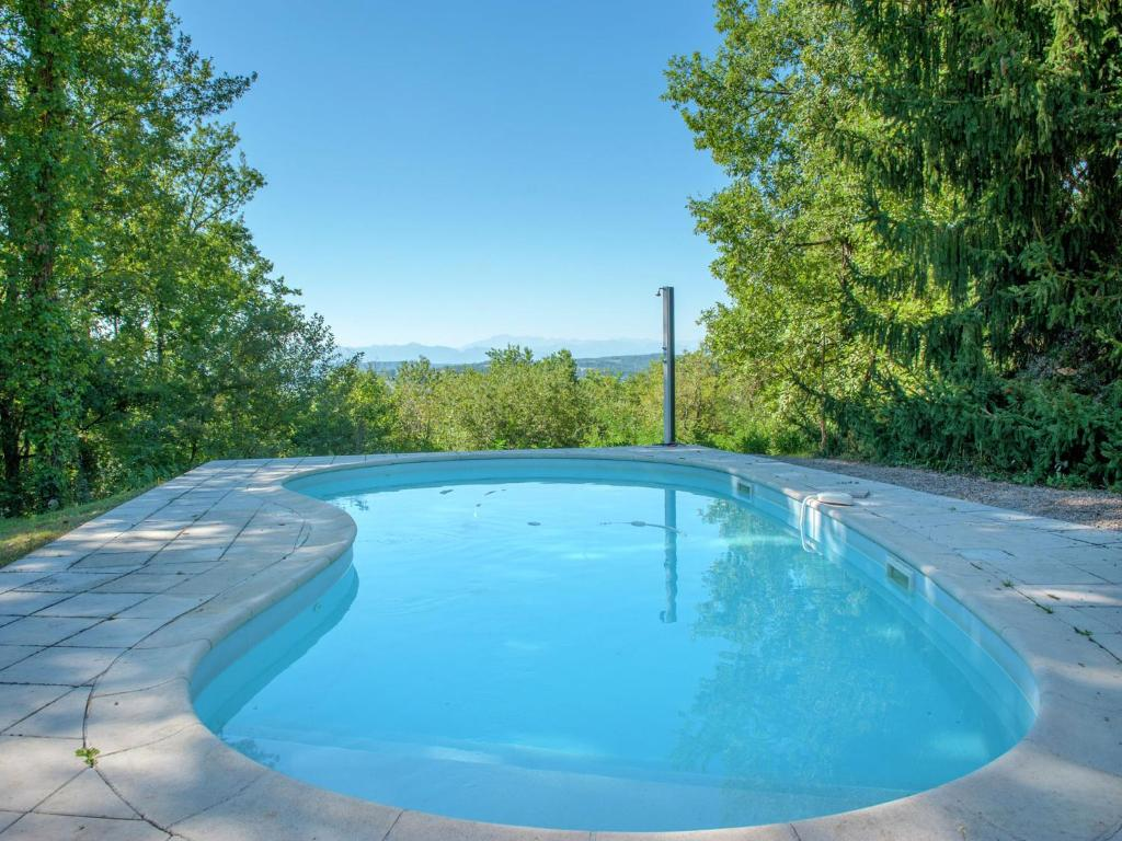 Swimmingpool Ozon Lavish Villa In Montmaurin With A Swimming Pool France