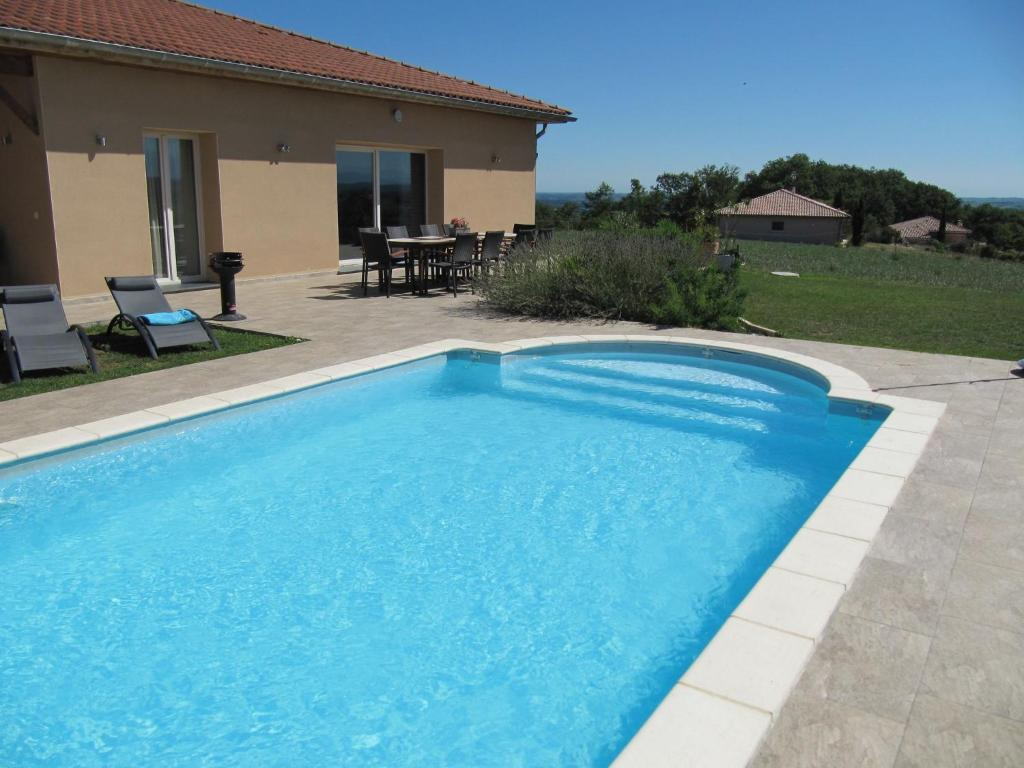 Swimmingpool Ozon Luxurious Villa In Thermes Magnoac France With Swimming Pool