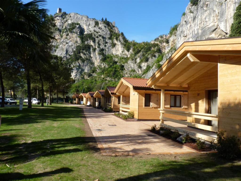 Britische Küchenutensilien Camping Arco Camping In Arco Italy