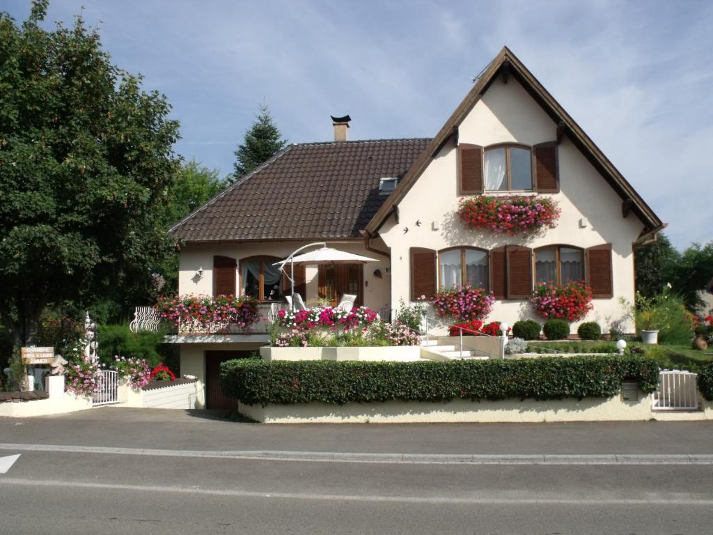 Chambre D Hote Saverne Maison D 39hôtes Chez Nicole Bed And Breakfast In Elsenheim