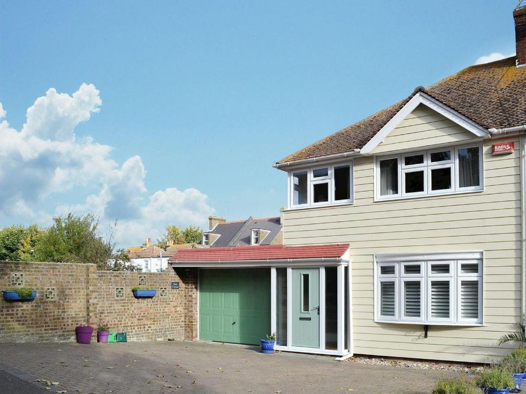 Bed And Breakfast Broadstairs Nash Cottage Holiday Home Broadstairs
