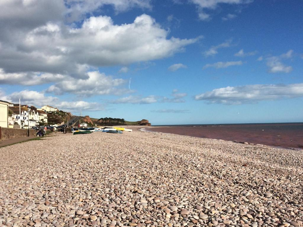 Bed And Breakfast Budleigh Salterton The Garden Studio Bed Breakfast Budleigh Salterton