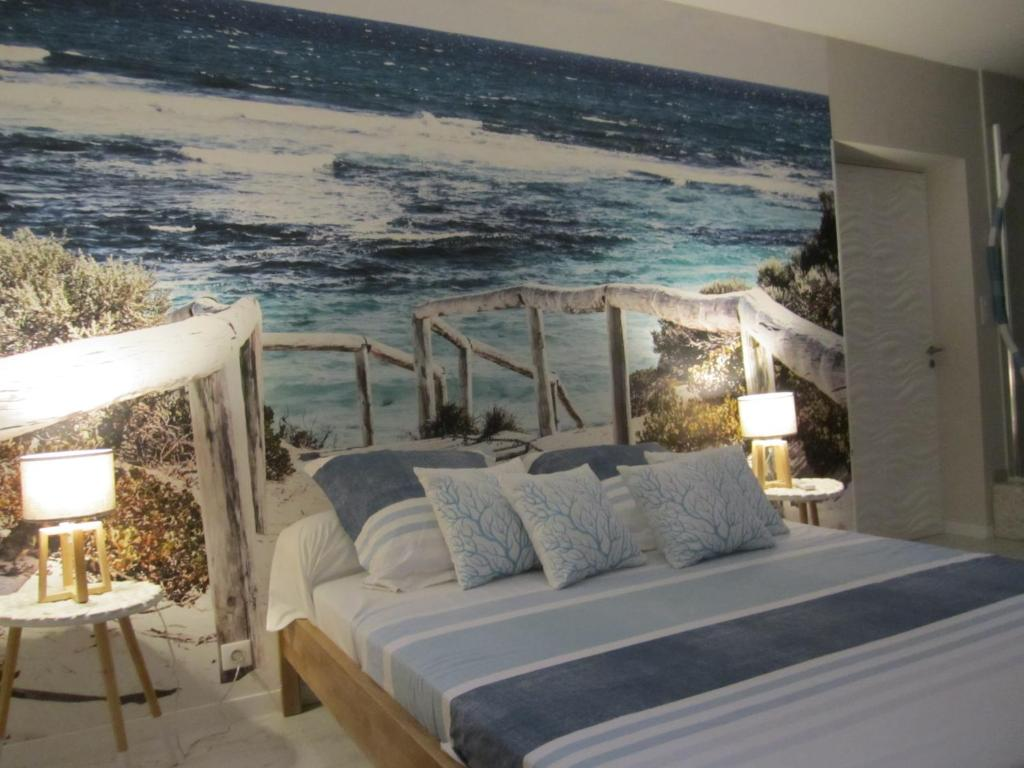 Chambre Deco Bleu Bed Breakfast Le Lagon Bleu Bed Breakfast Uchaud