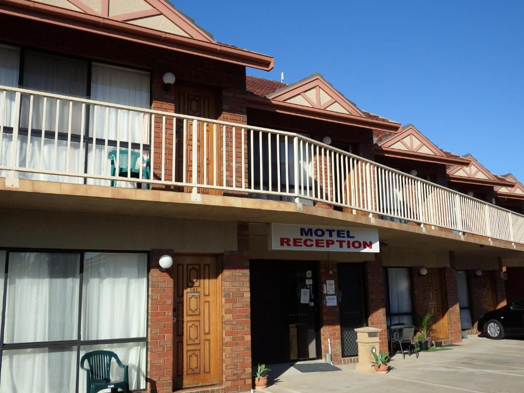 Restaurants Hoppers Crossing Monte Villa Motor Inn Werribee Prenotazione On Line