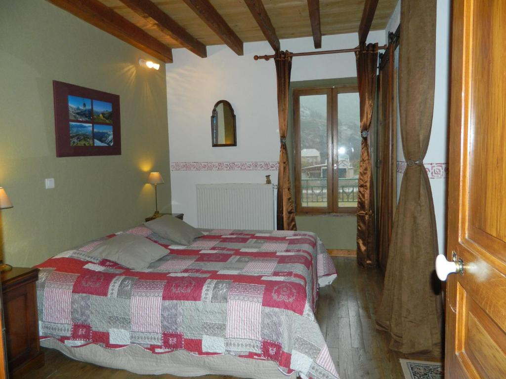 Chambre D Hote Jausiers Chambre D Hotes La Mexicaine Bed Breakfast In Jausiers In Les