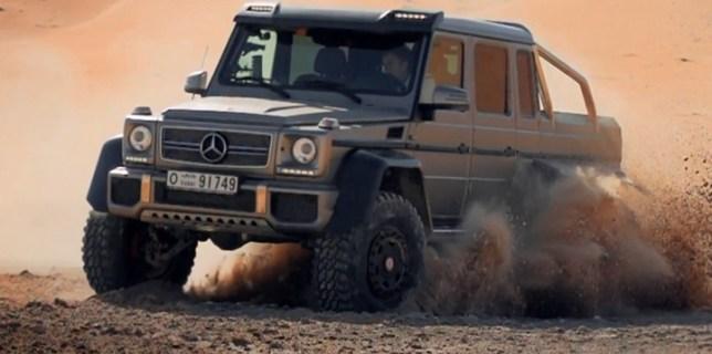 Richard Hammond Test The Mercedes-Benz G63 AMG 6×6