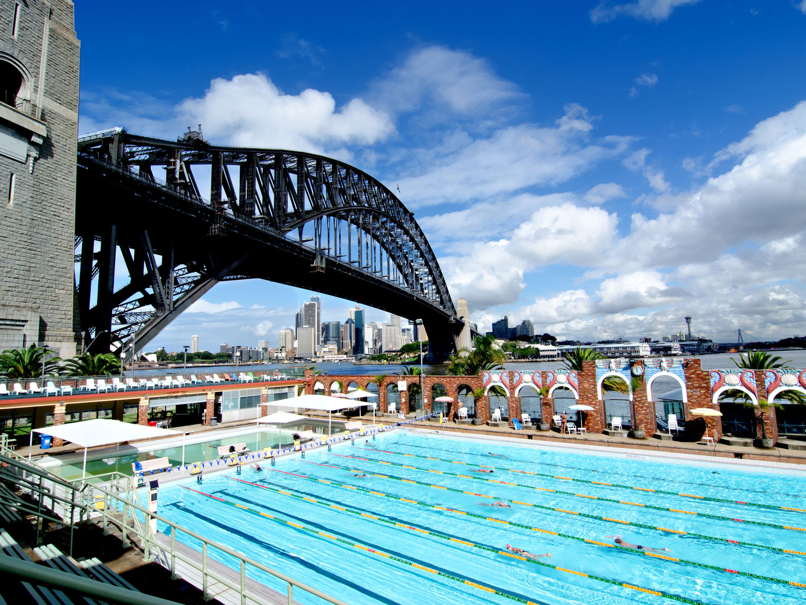 Outdoor Swimming Pool Berlin Make A Splash In Sydney 39s Best Outdoor Swimming Pools