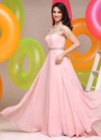Quinceanera Attire: 6 Creative Choices for Your Guests and ...