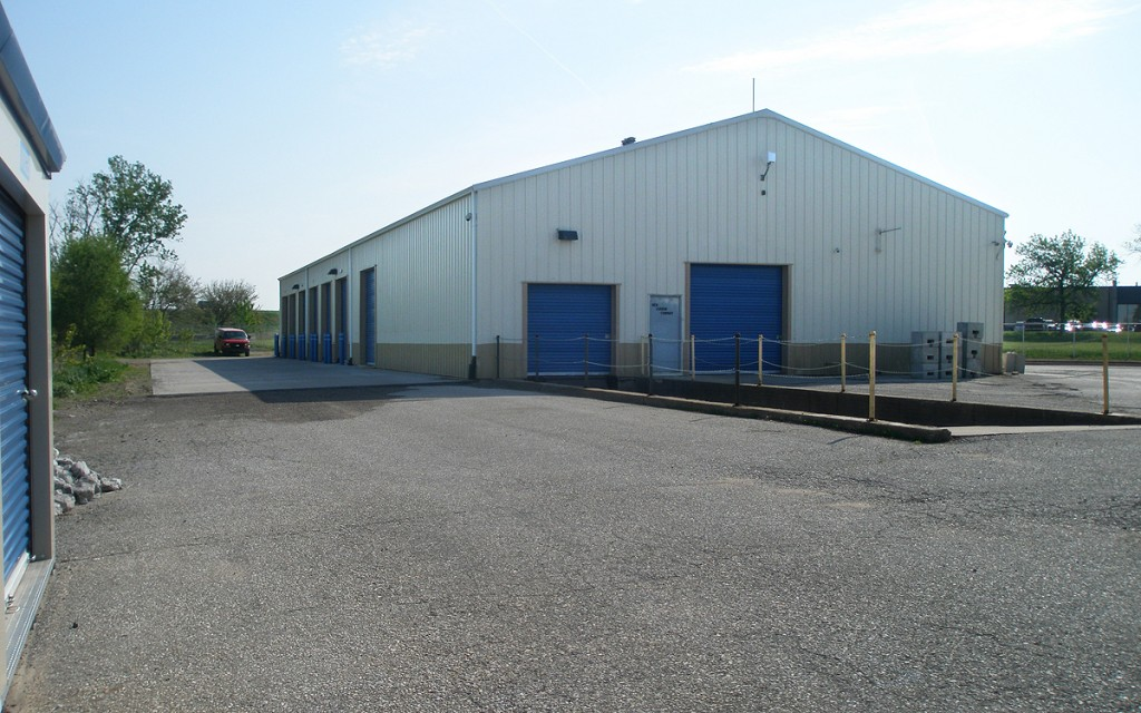 Commercial Warehouse With Office Space And Shared Loading