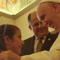 Costa Rica President Solis Keeps Pope Francis Waiting