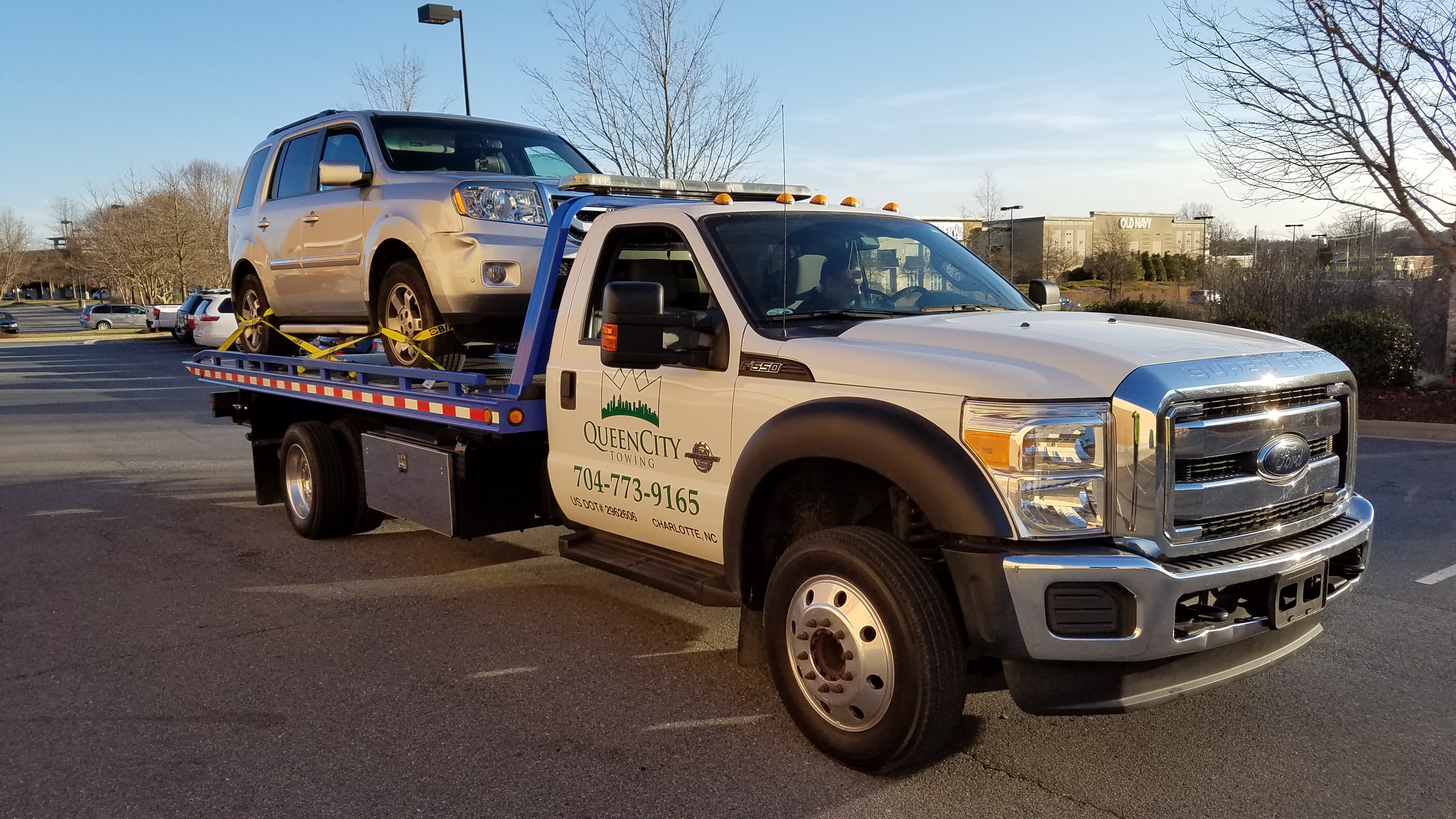 Tow Truck Towing Service In Charlotte Queen City Towing North Carolina