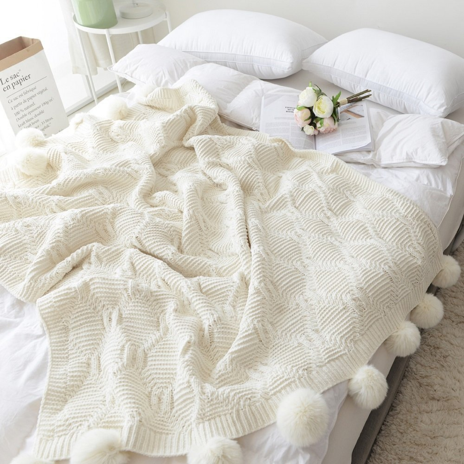 Lounge Throw Pom Pom Plush Throw Blanket Luxurious Lovely Lounge Cover Knitted