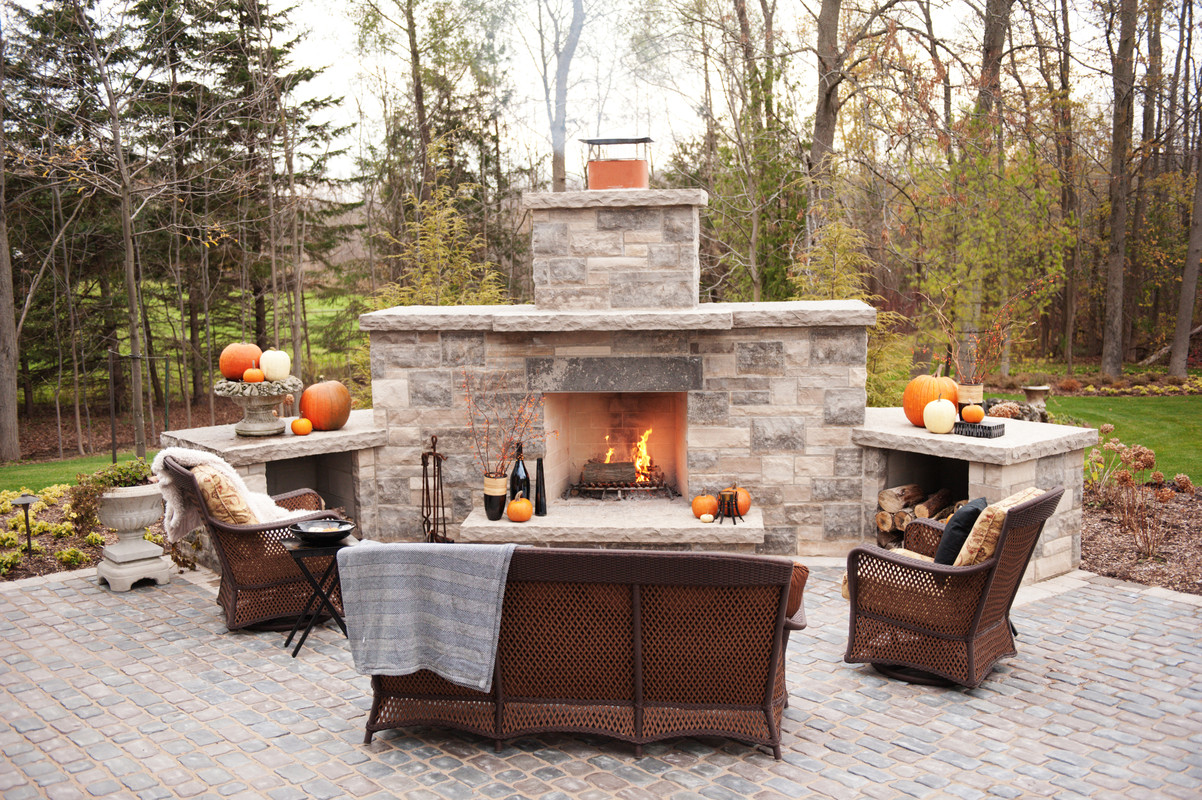 Backyard Fireplace Designs Top 21 Designs For The Outdoor Fireplace Qnud
