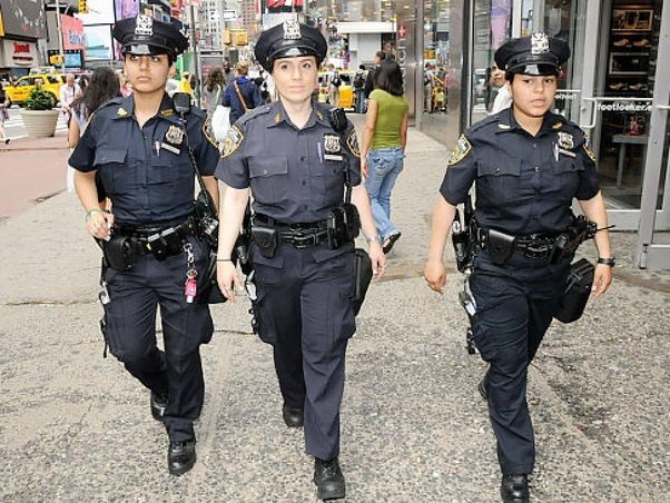 How Do Most American Female Cops And Detectives Dress Quora