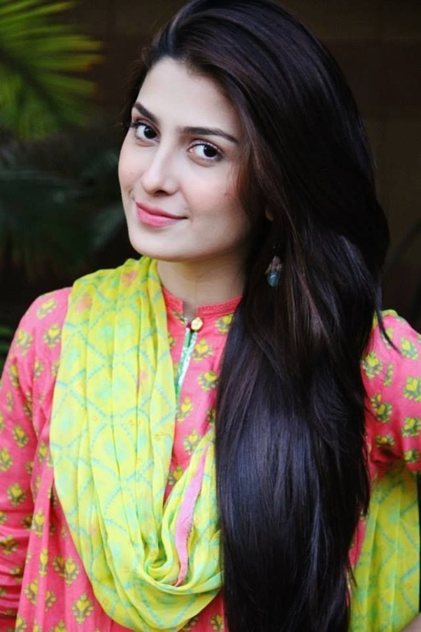 Cute Indian Girl Child Wallpaper Who Are More Beautiful Indian Actresses Or Pakistani