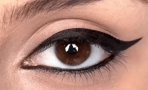 Why Don39t A Lot Of People Find Dark Brown Eyes Attractive