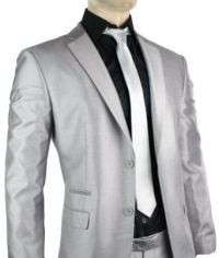 What shirt and tie combo should I wear with my silver suit