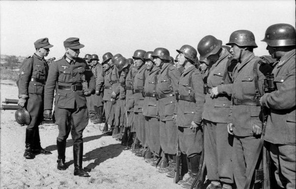 Why Did The American Wwii Uniforms Look So Casual Compared
