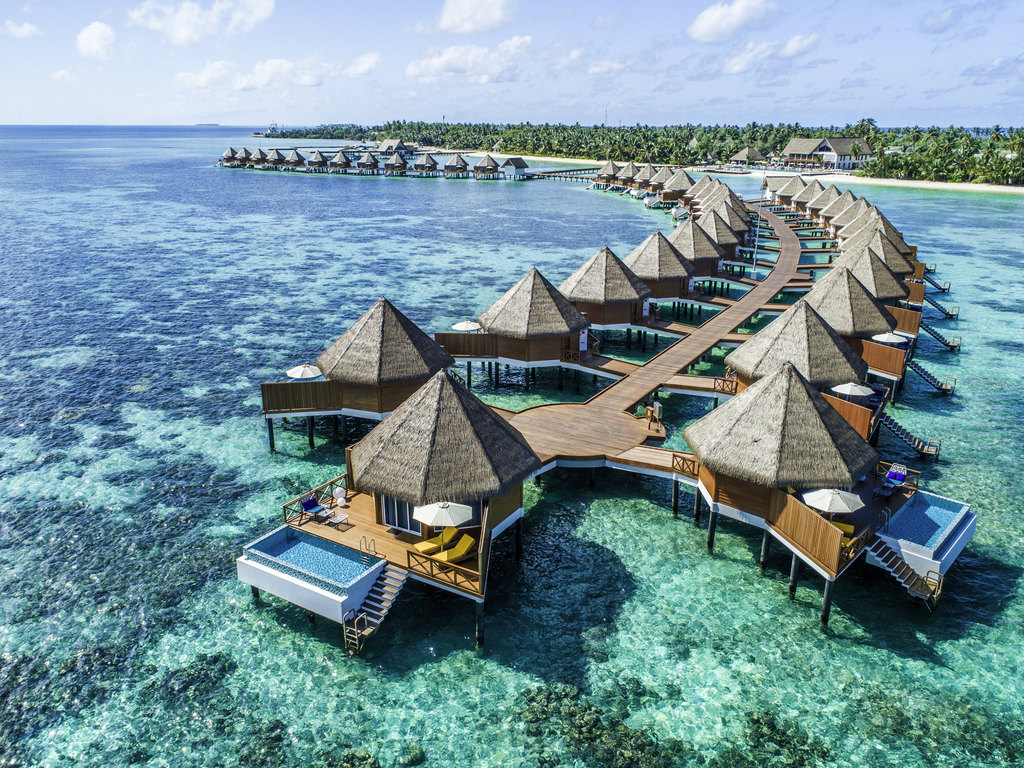 Travel The World Quotes Wallpaper The Maldives Hotel Market Heats Up With 11 Resorts