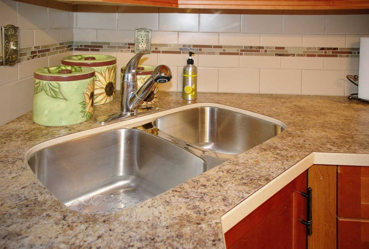 How To Install An Undermount Sink In A Laminate Countertop Laminated Coutertop Profiles