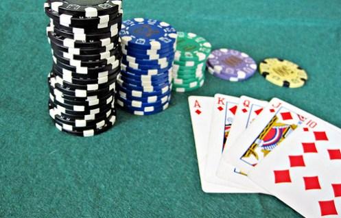 5857248045_01f779fcd9_poker