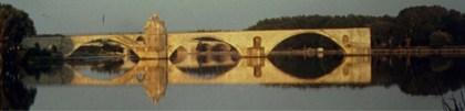 Pont dAvignon im Morgenlicht