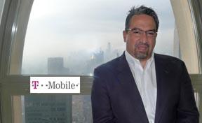 Gabriel Torres, vicepresidente y vocero de T-Mobile.