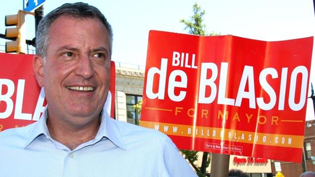 El candidato a al alcaldía de Nueva York, Bill de Blasio, cuando visitó Astoria. Foto Javier Castaño