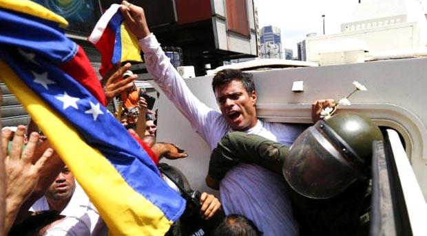 Leopoldo López lleva varios años encarcelado en Venezuela por pertenecer a la oposición.