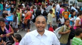 Senator Jose Peralta to give away backpacks, school supplies