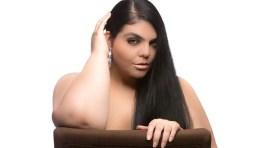 Modelo latina XL celebra su vida y su carrera
