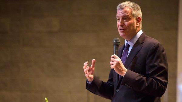 Alcalde de NY: Juntos podemos detener el zika