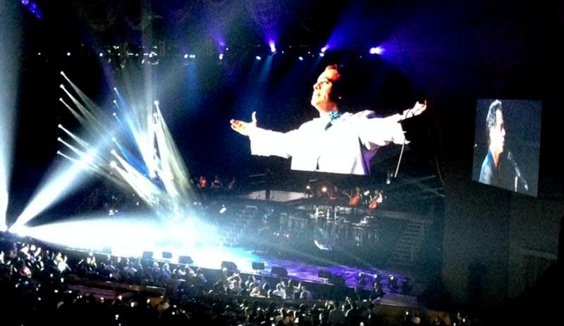 En el Radio City de Nueva York, Marc Anthony recordó la noche del domingo a Juan Gabriel. Foto Luisa Castaño