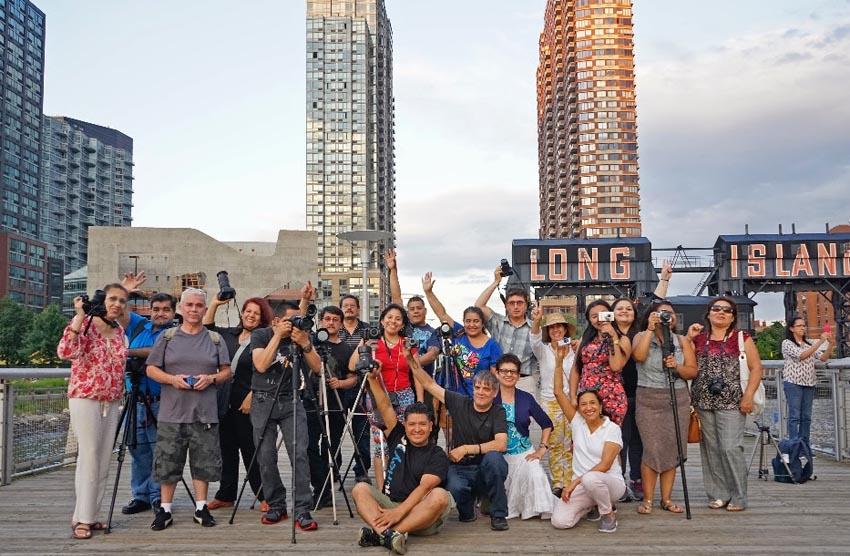Alumnos inmigrantes de Proyecto Luz en Long Island City, Queens.
