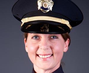 Policía Betty Shelby.