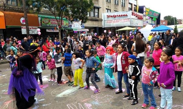 En Corona Plaza celebran la herencia hispana