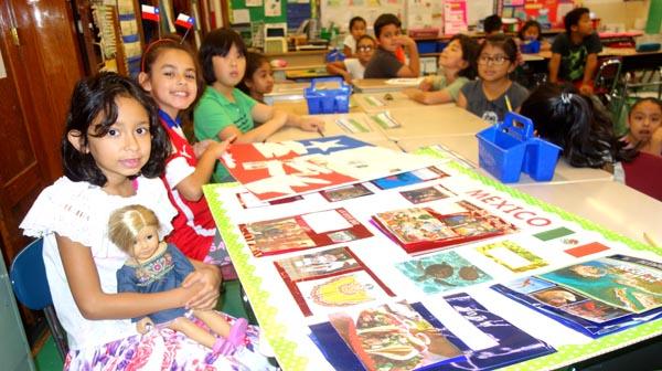 Escuela pública 150 de Queens enseña a sus alumnos a explorar y participar en sociedad