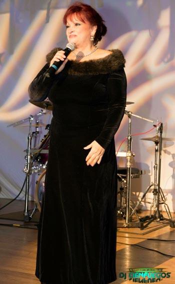 María Prada.