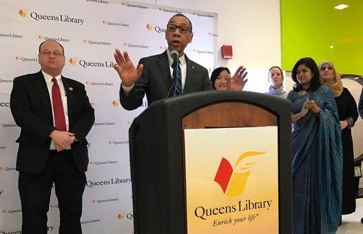 Bibliotecas de Queens en defensa de los inmigrantes
