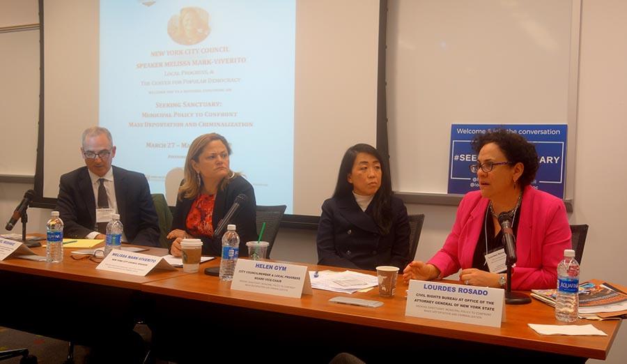 Desde la izquierda, Michael Wishnie, Melissa Mark-Viverito, Helen Gym y Lourdes Rosado.