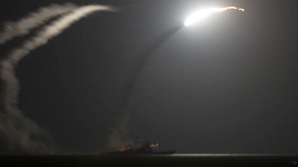 EE.UU. dispara 59 misiles contra Siria por ataque químico
