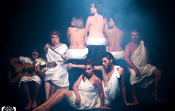 Huelga del sexo de las mujeres en el Teatro Thalía del 21 al 23 de abril y Las Divas de España el 28, 29 y 30 de abril