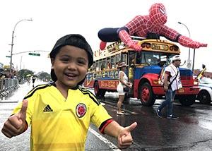 Los niños como Jeremiah Valle, disfrutaron del inflable del Hombre Araña.