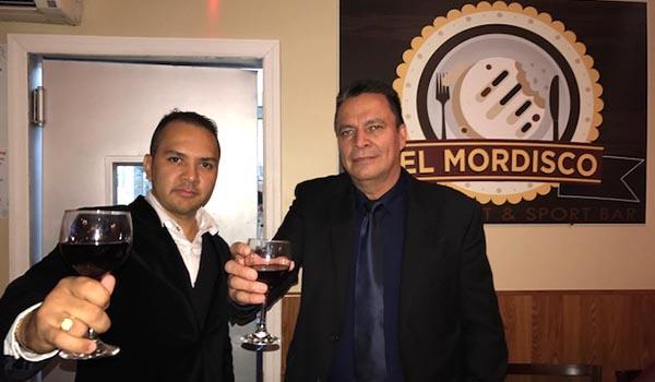 Inauguran restaurante El Mordisco en la Roosevelt y la calle 85
